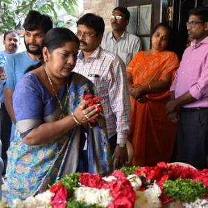 Celebrities Pay Tribute To Gundu Hanumantha Rao