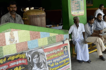 tea stall owner writes off dues of farmers hit by cyclone Gaja